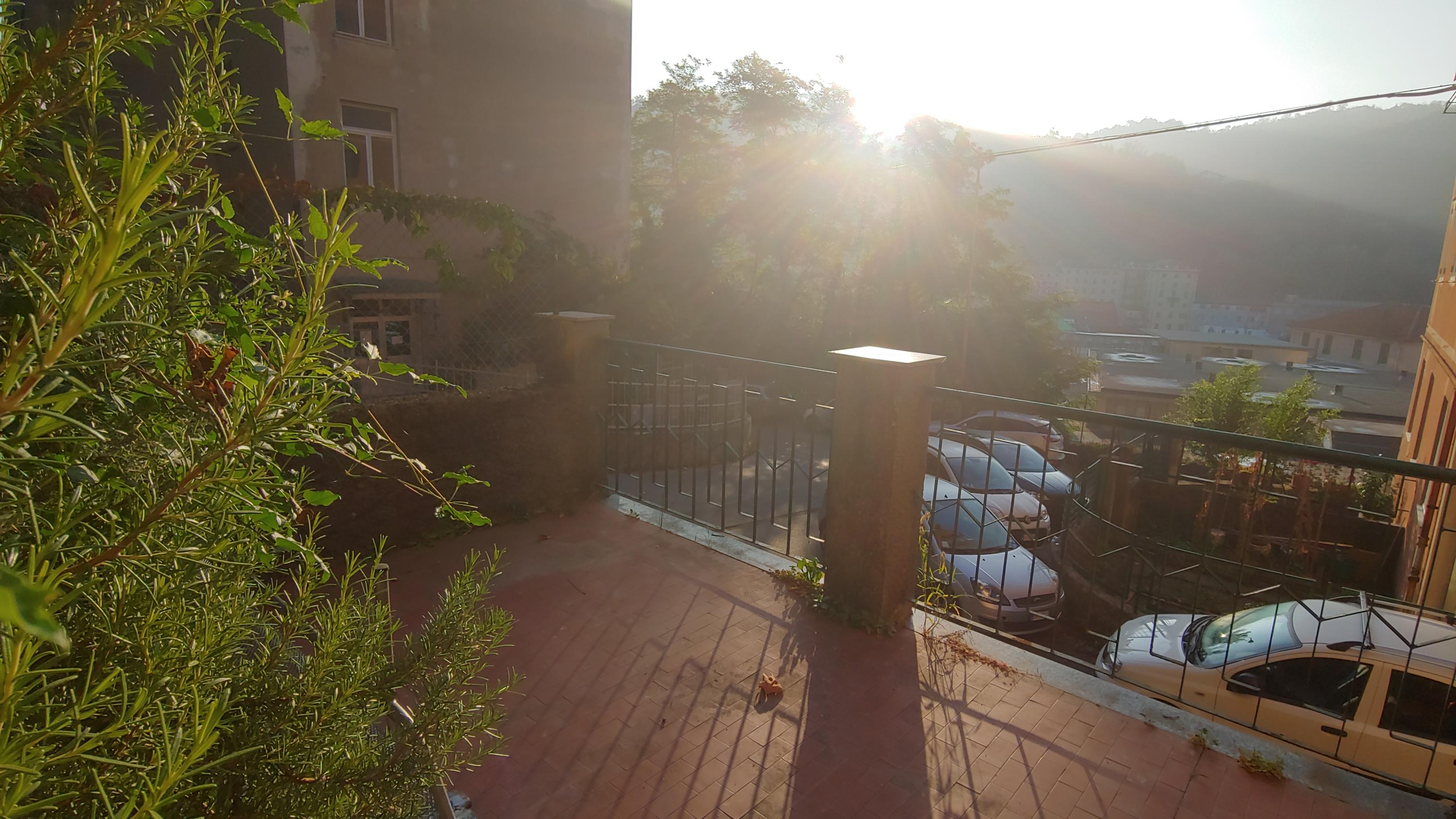 via isocorte con terrazzo vendita