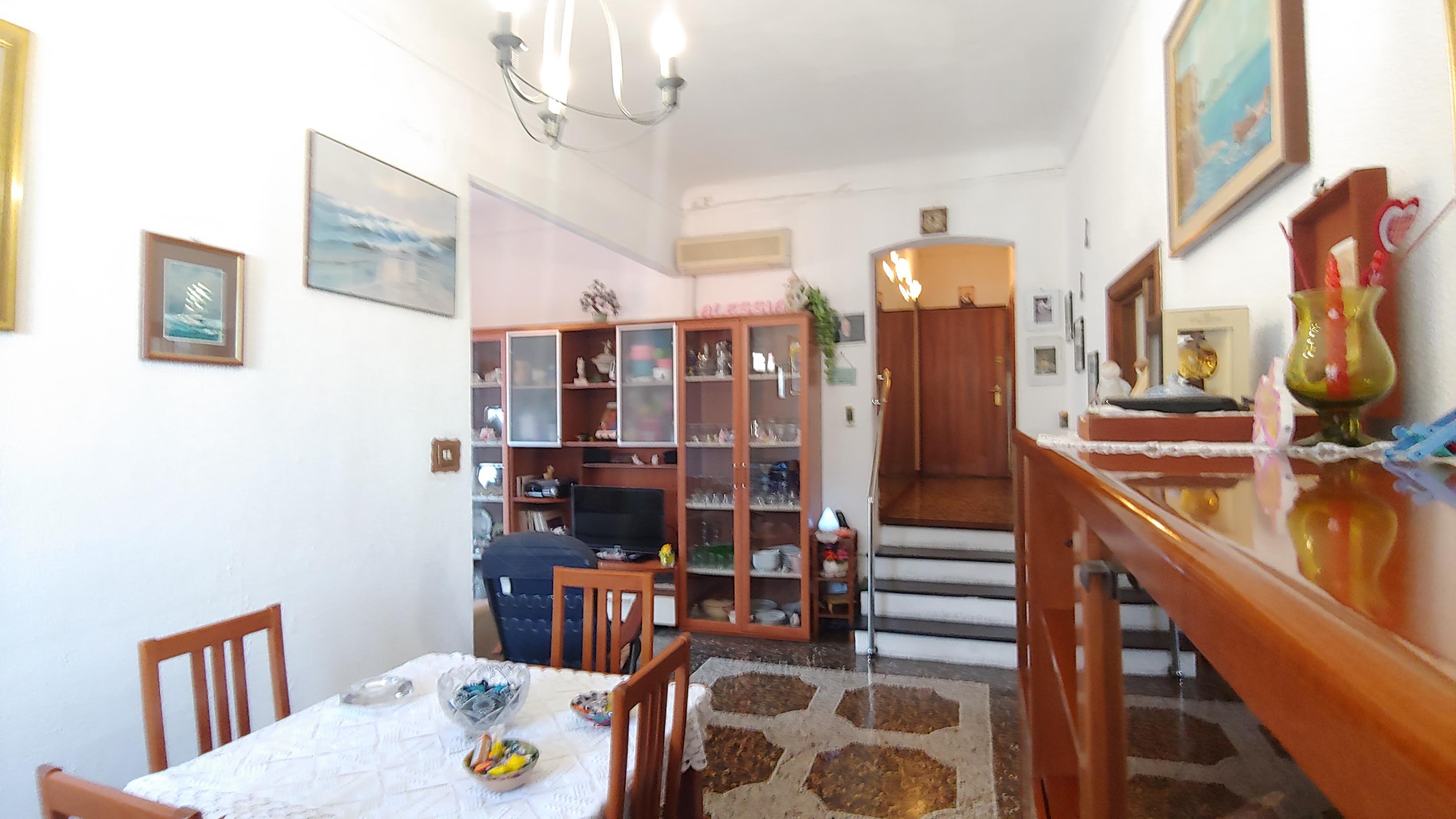 vendita appartamento bolzaneto via colano