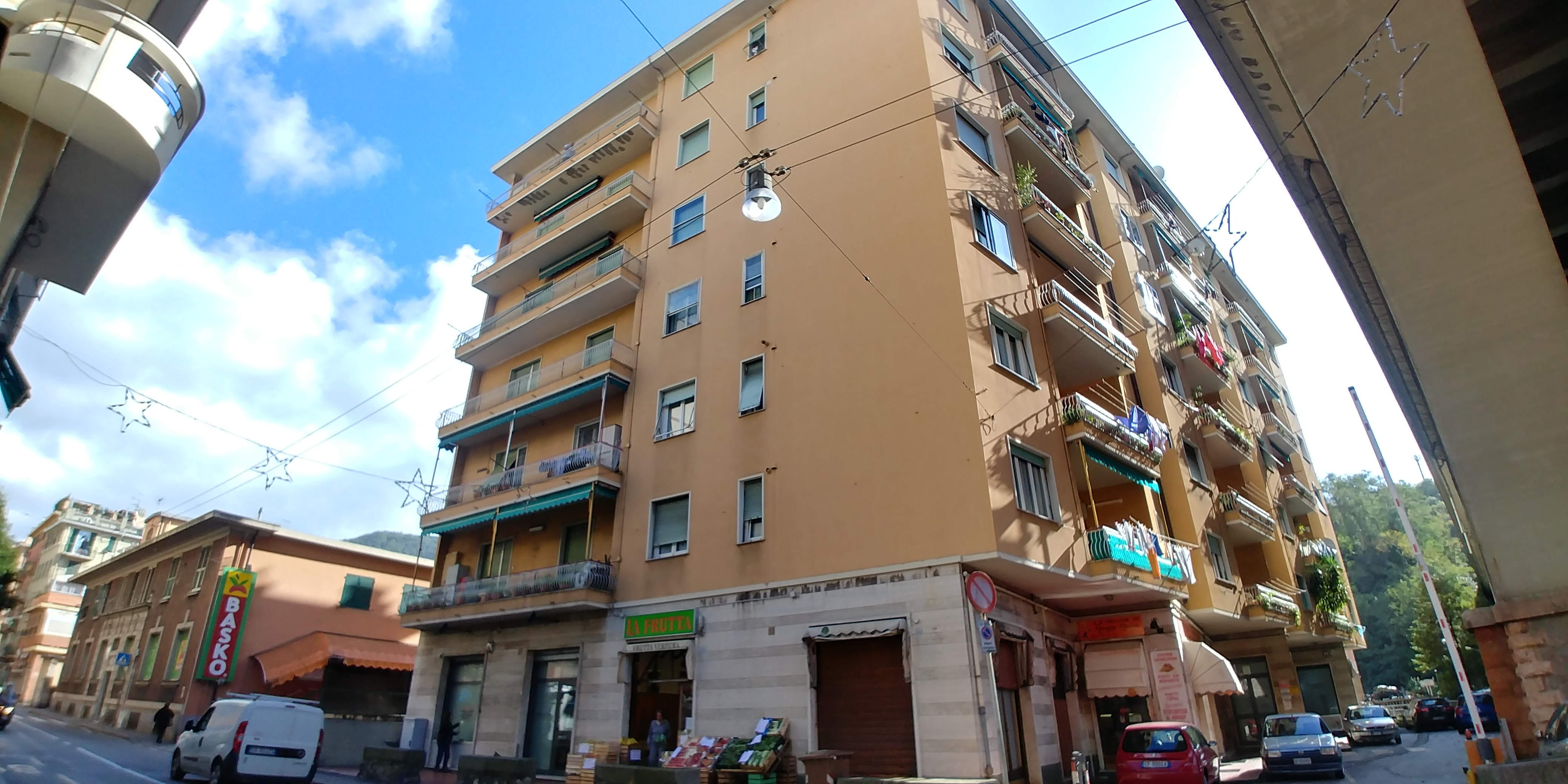 vendita appartamento via vezzani