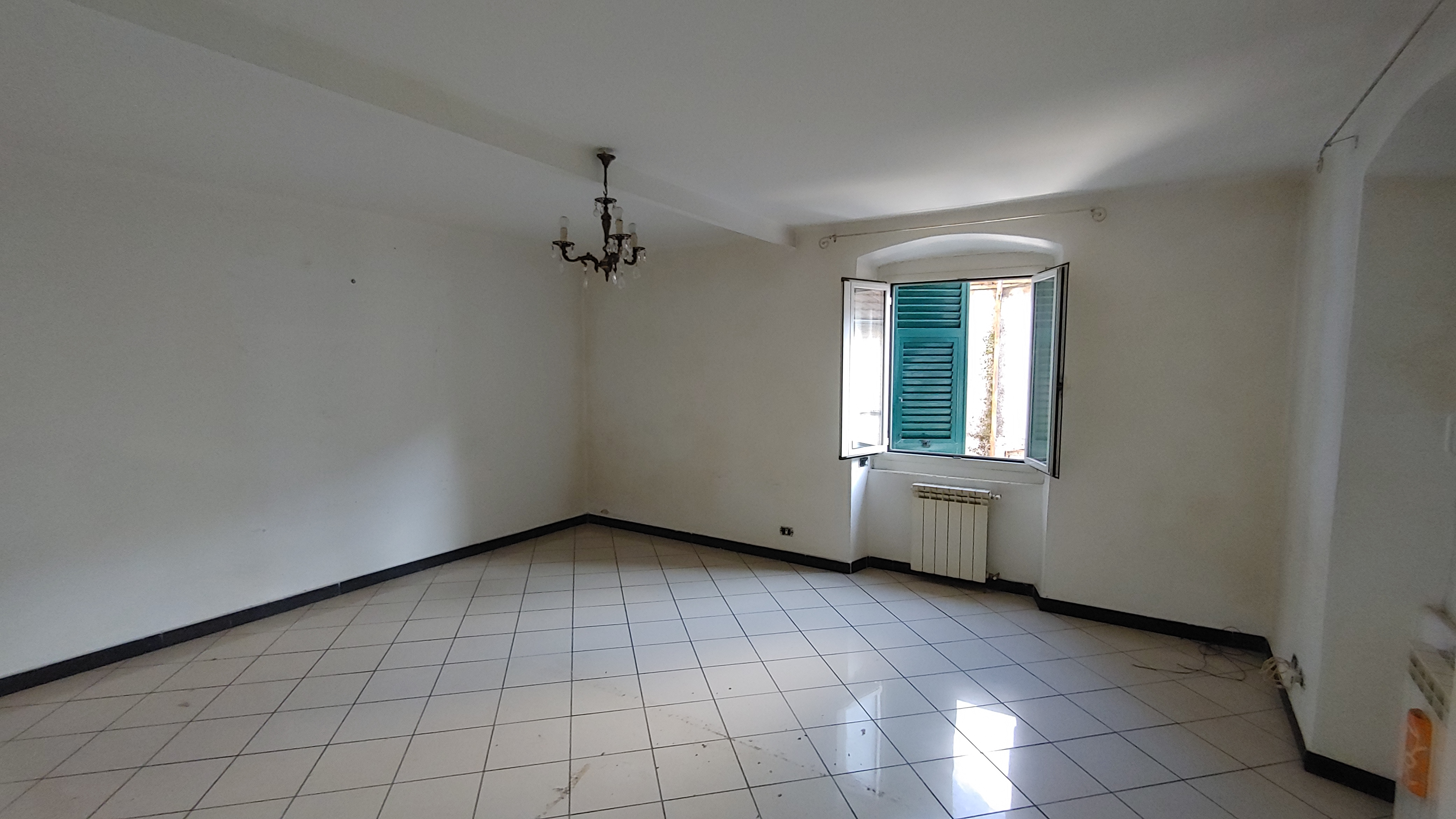 vendita appartamento 2 piani via arvigo