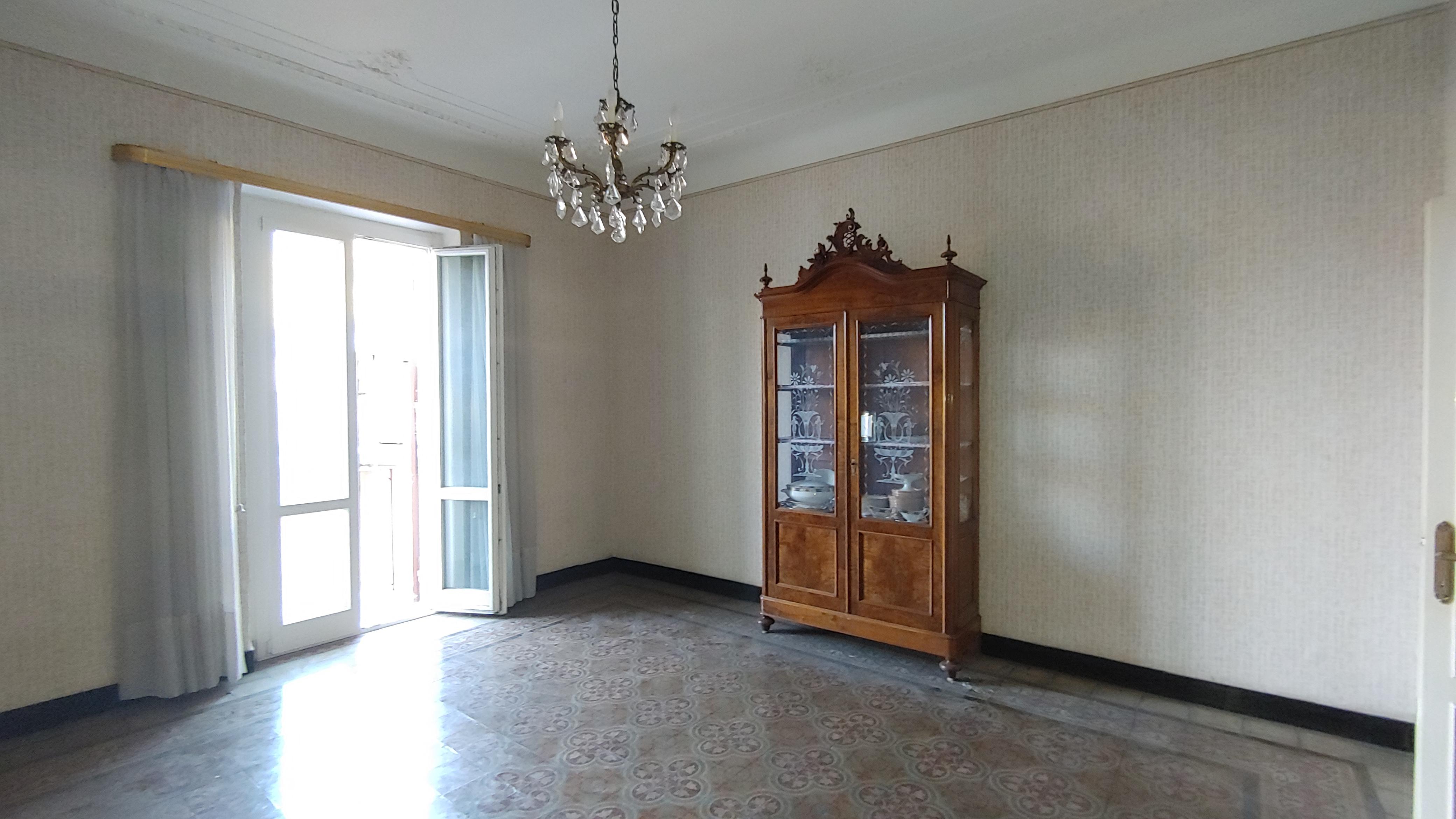 vendita appartamento via ponsello bolzaneto