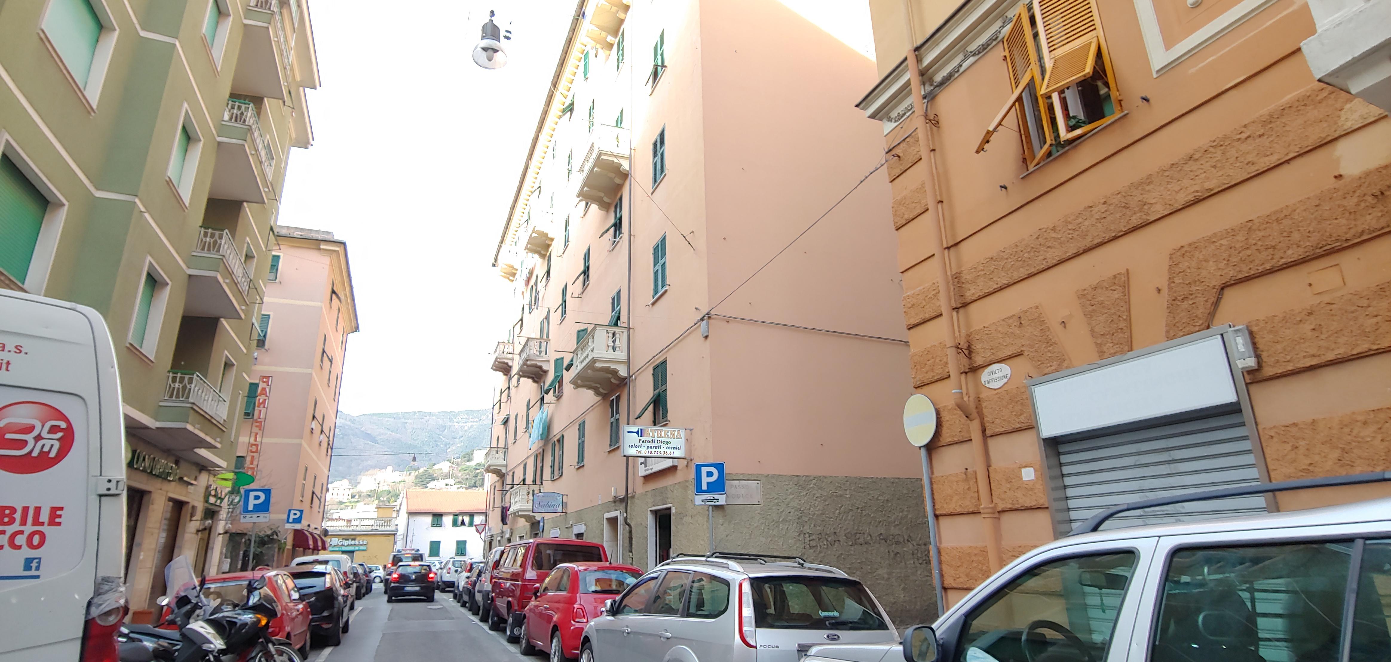 vendita appartamento via zamperini balcone
