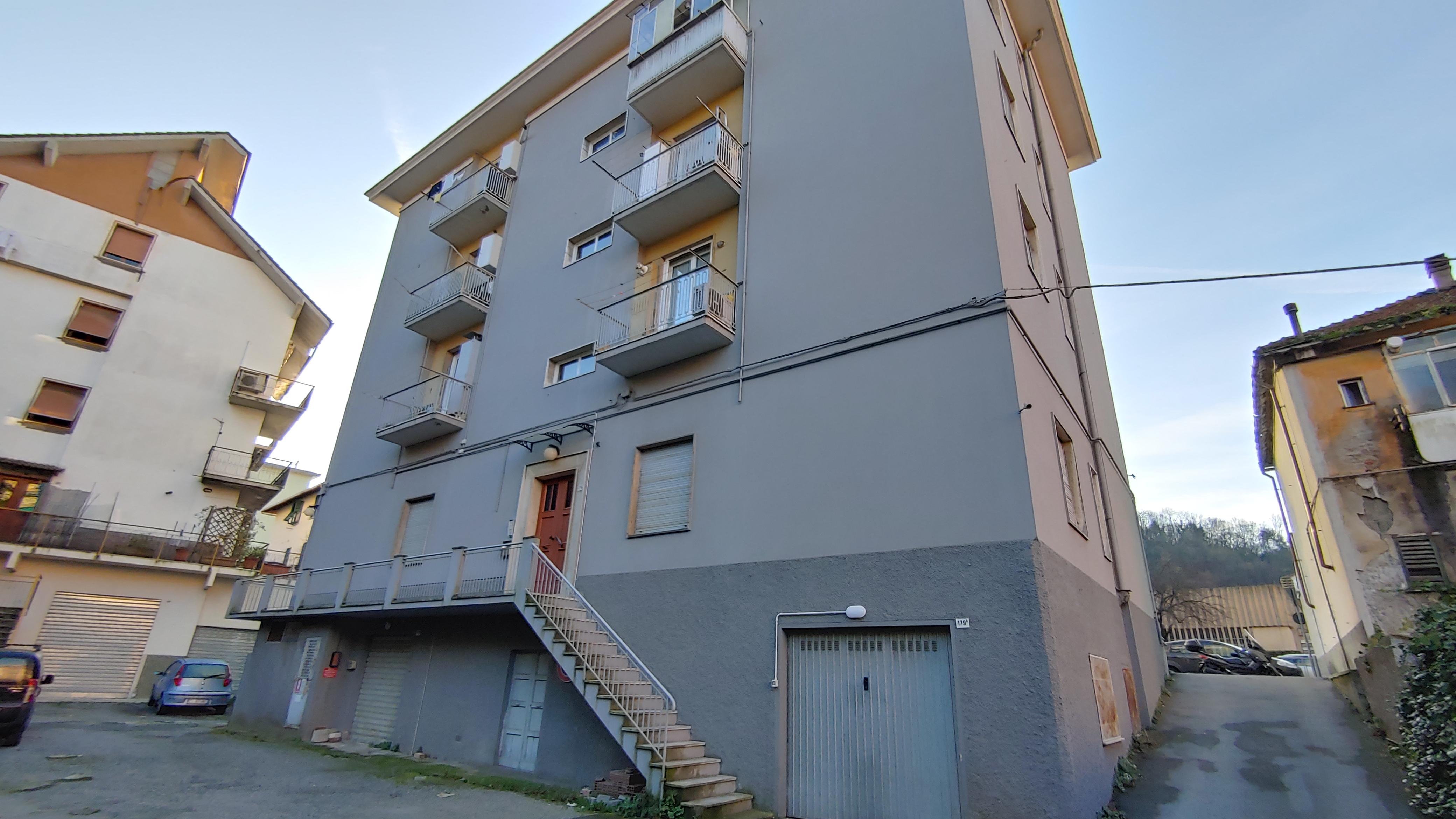 vendita appartamento via poirè manesseno