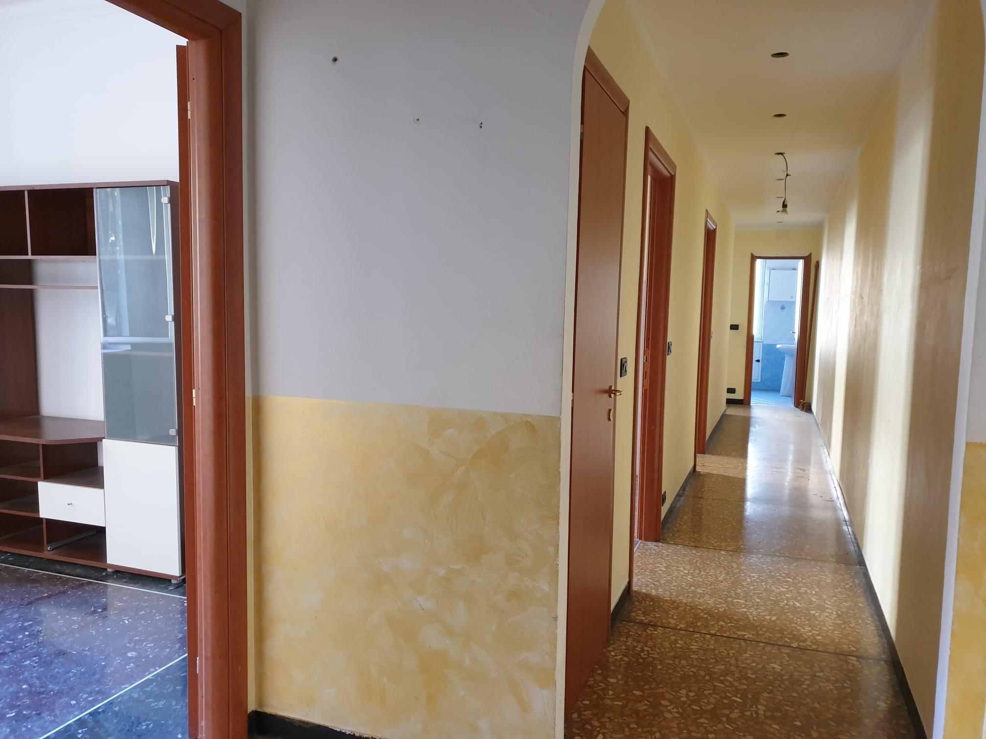 vendita appartamento bolzaneto via polonio