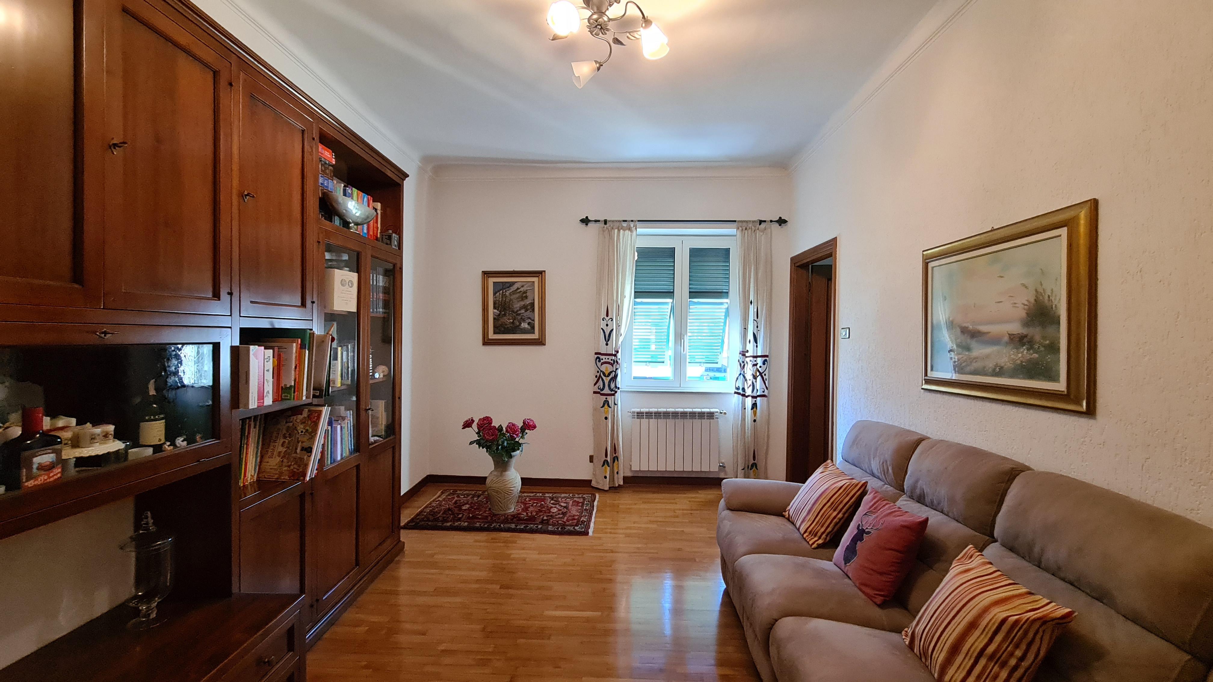 vendita appartamento bolzaneto