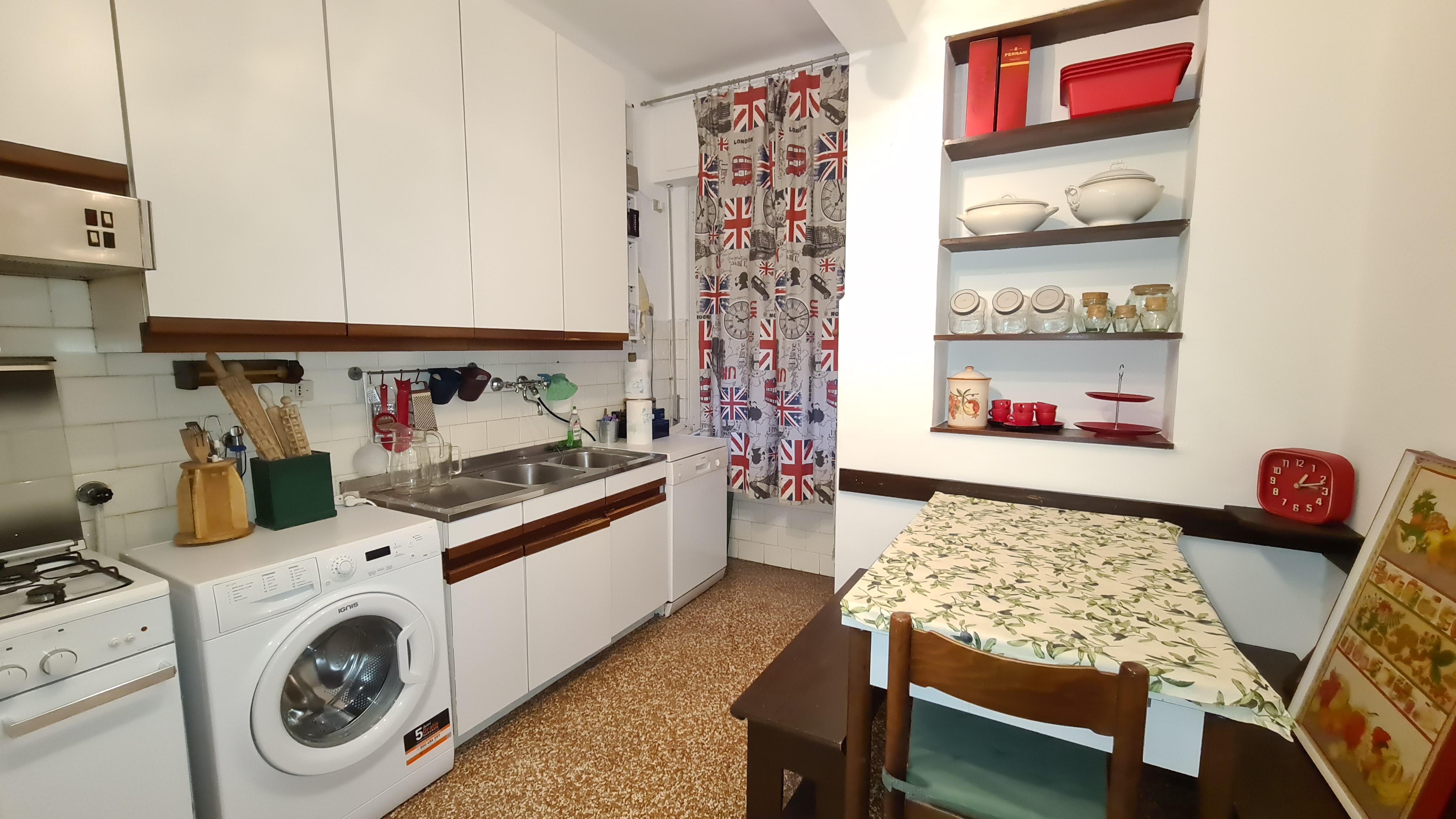 affitto appartamento arredato bolzaneto