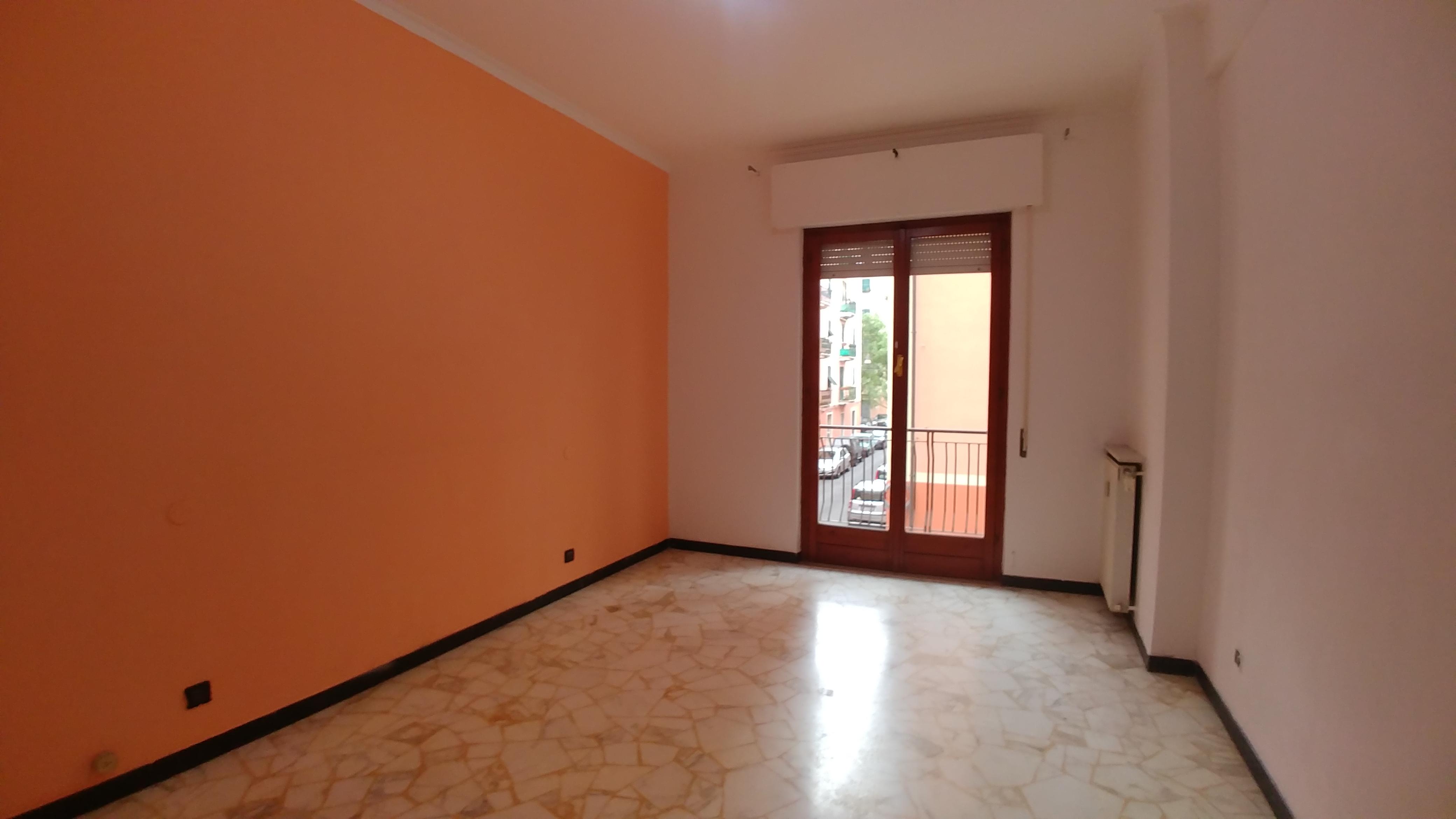 affitto appartamento via bolzaneto
