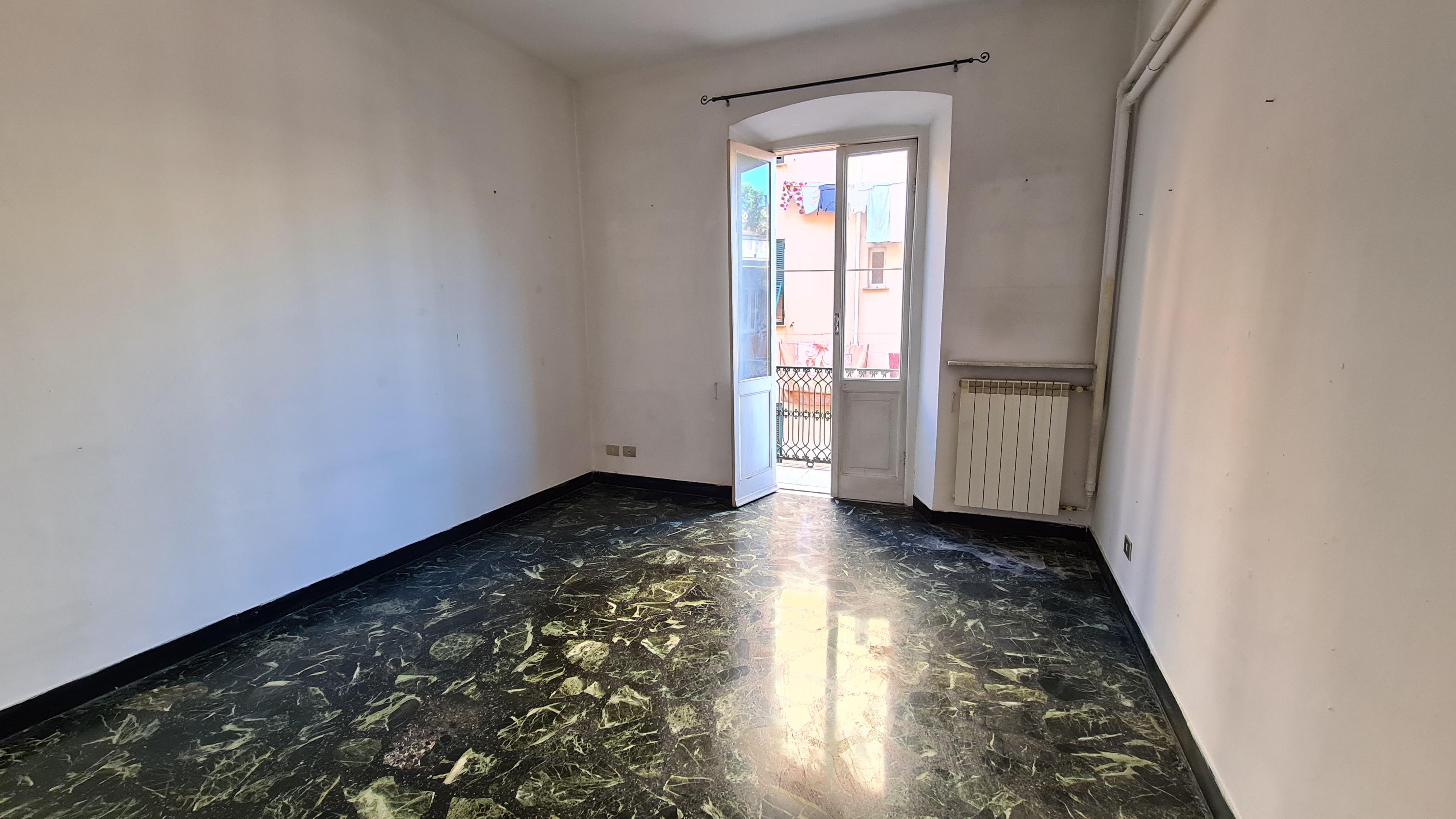 affitto appartamento via bettini bolzaneto